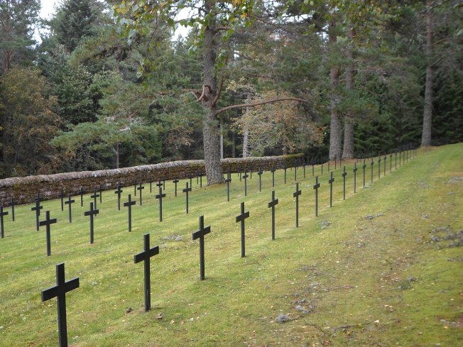 German cemetery at Hohrod.jpg