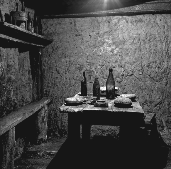 French soldiers dining area, underground, Vauquois. Reuse of this photo is forbidden by law.