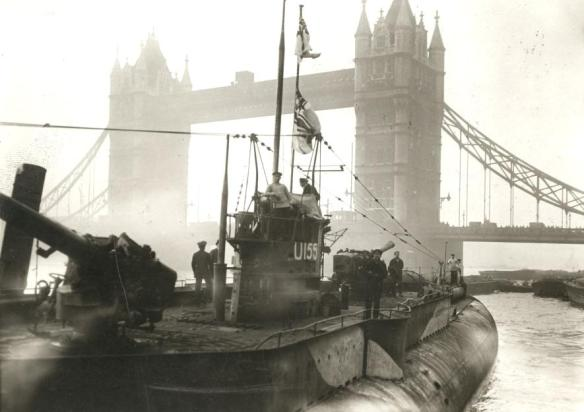 German fleet surrendering to the English. First German U-boat near the Towerbridge. London, England, 1918.